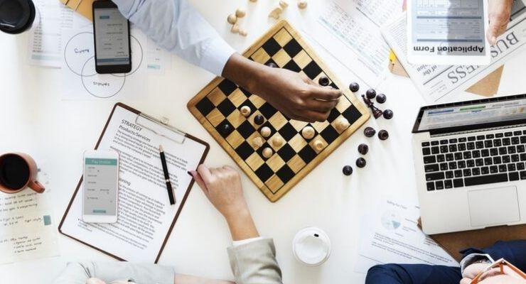 Los beneficios de usar SEO y SEM en la estrategia digital